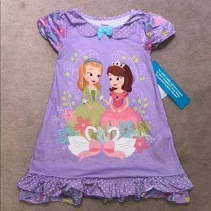♡ NWT Disney Store Sofia First nightgown